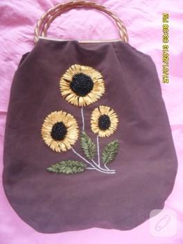 Ayçiçekli kurdele nakışı çanta