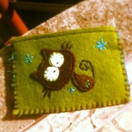 Keçe kedili cüzdan