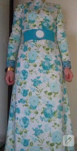 Dantel süslemeli çiçekli elbise