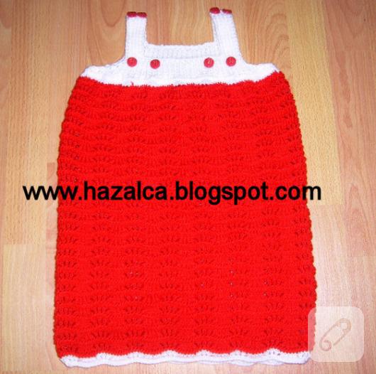kırmızı örgü bebek elbisesi
