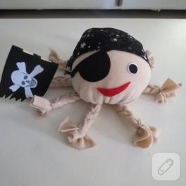 Korsan ahtapot oyuncak
