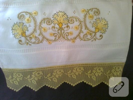 sarı dantel güllü havlu kenarı