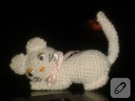 Narin örgü kedi