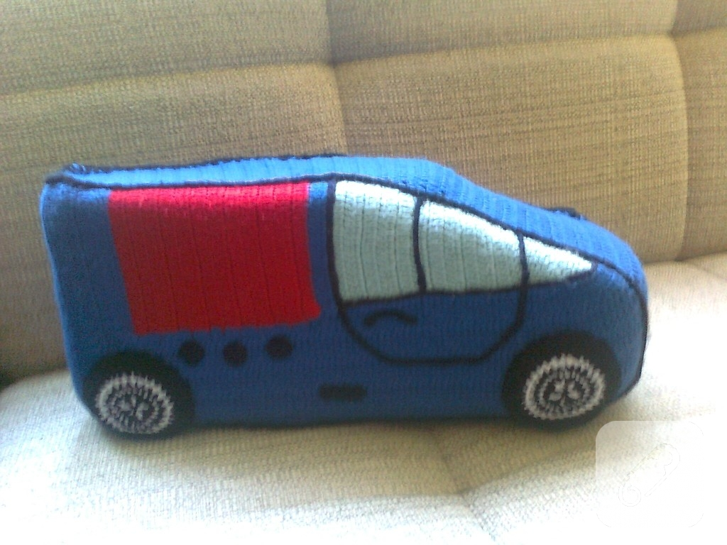 orgu-modelleri-orgu-oyuncak-araba