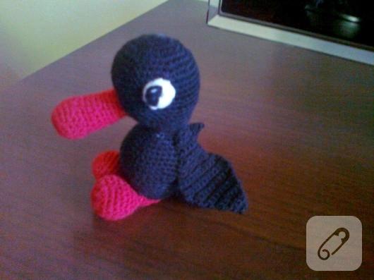 Amigurumi Ordek Yapilisi : Amigurumi siyah ordek oyuncak 10marifet.org