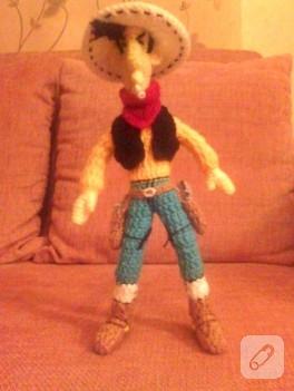 Tığ işi örgü ile oyuncak Red Kit