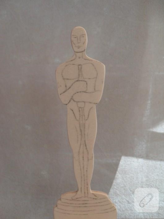 Ahşap Oscar heykeli