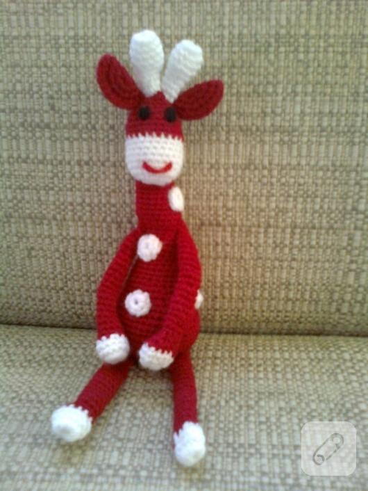 Amigurumi oyuncak zürafa