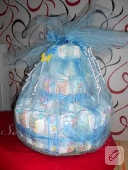 Bebek hediyelikleri; bez pasta