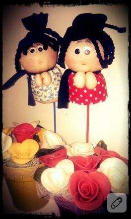 El yapımı sabun çiçekler ve çorap bebekler