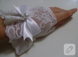 Kırık beyaz dantel parmaksız nikah eldiveni