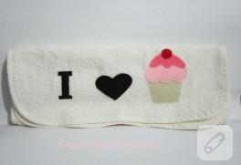 Keçeden cupcake havlu kenarı
