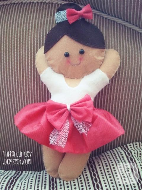 Keçeden balerin bebek