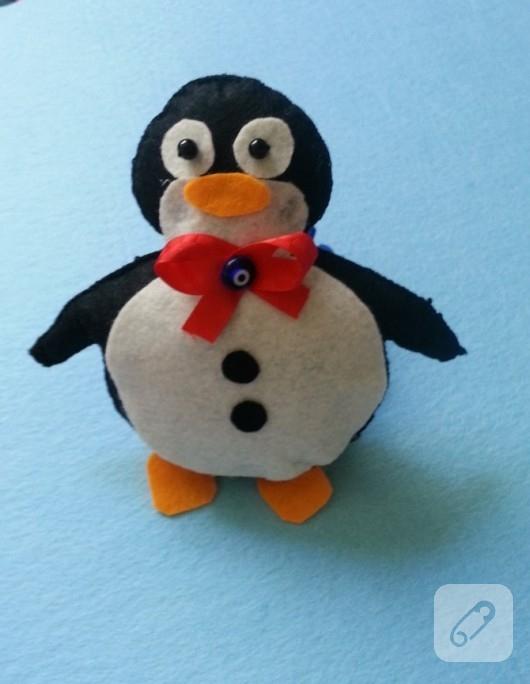 Keçe oyuncak penguen