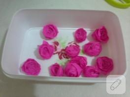 Krapon kağıdından güller