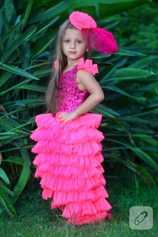 pembe tütü elbise