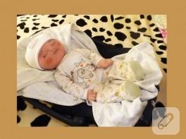 Uyuyan bez bebek