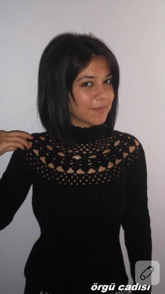 Siyah dantel yaka kazak