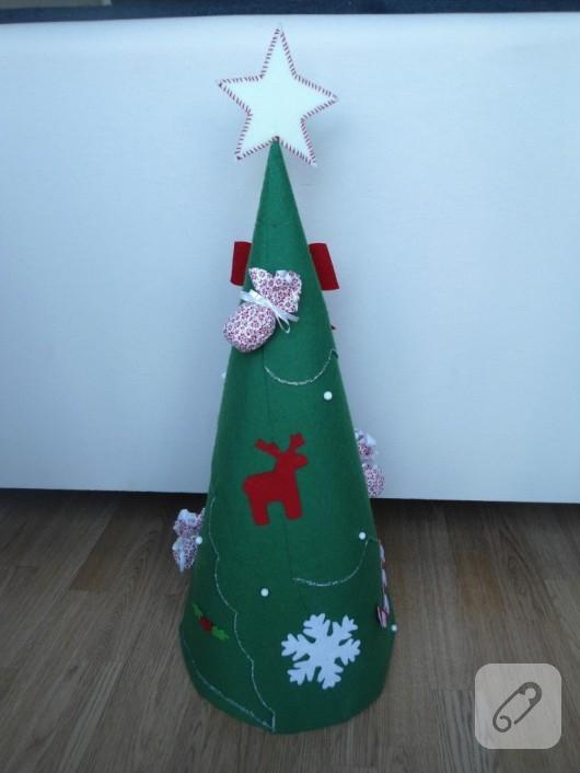 mukavvadan yılbaşı ağacı