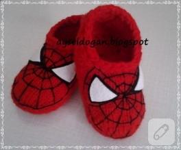 Spider-man patik (5 şişle örgü)