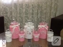 Pembe mutfak kavanozları (cam boyama)