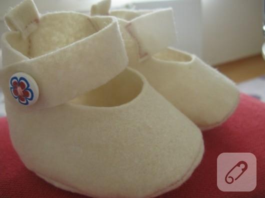 Keçe bebek ayakkabısı
