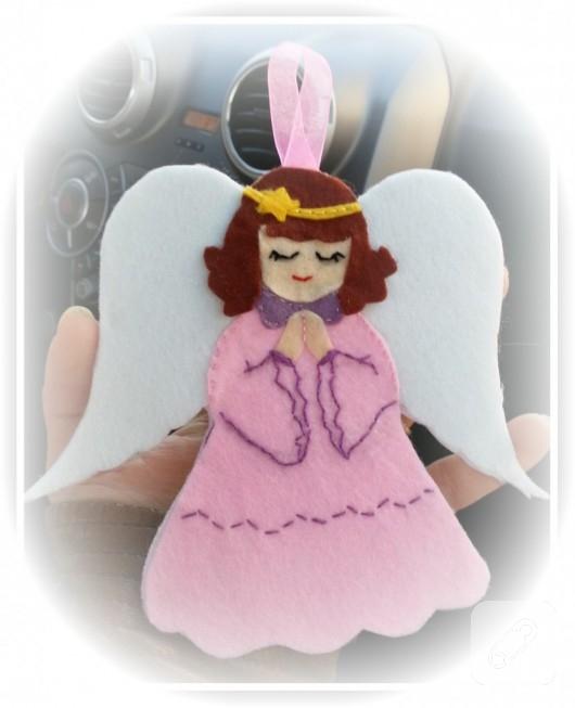 Keçe melek araba süsü