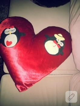 Penguenli kalp yastık