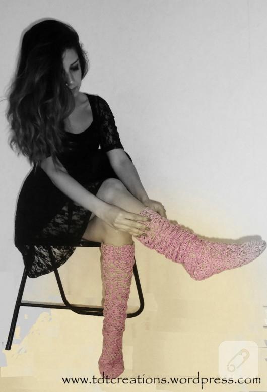 El örgüsü dantel çorap