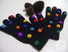 Ponponlu siyah eldiven modeli