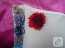 Ponponlu yastık modeli