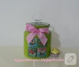 Cam boyama kavanoz (yeşil cupcakeli)