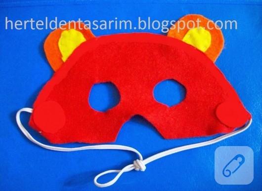 Keçeden çocuk maskesi