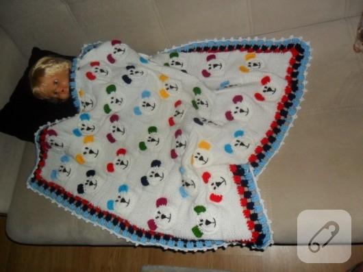 bebek-orguleri-ayicikli-bebek-battaniyesi