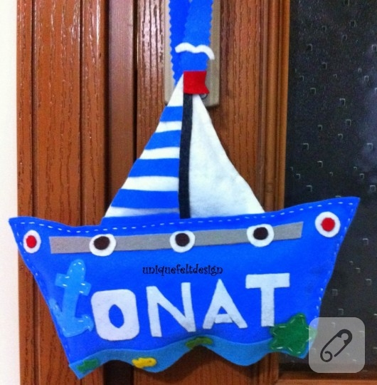 Gemili kapı süsü