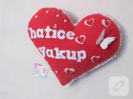 kalp yastık modelleri