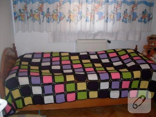 orgu-modelleri-renkli-battaniye