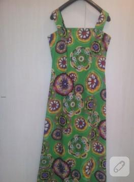 Uzun yeşil maksi elbise