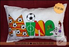 Galatasaray taraftar yastığı (kumaş boyama)
