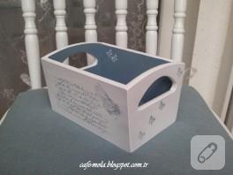 Mühür süslemeli ahşap kutu