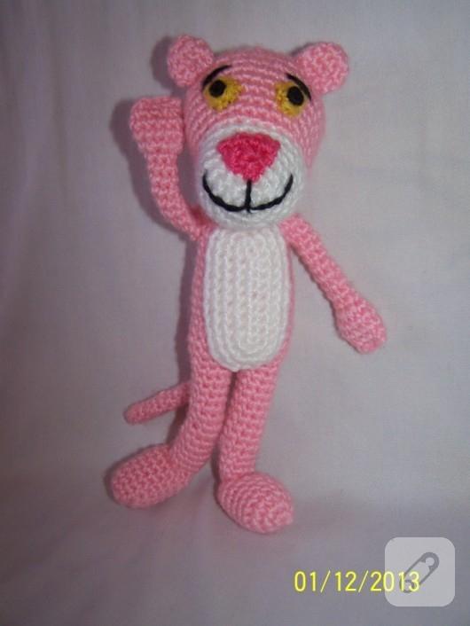 amigurumi-pembe-panter-el-yapimi-oyuncaklar-2