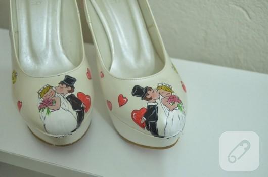 El boyaması gelin ayakkabısı