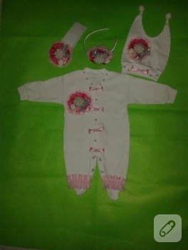 Bebekler için tütü takımları ve aksesuarlar