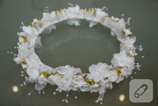 çiçekli incili beyaz gelin tacı