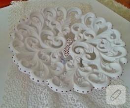 Dekoratif boyama; beyaz kase