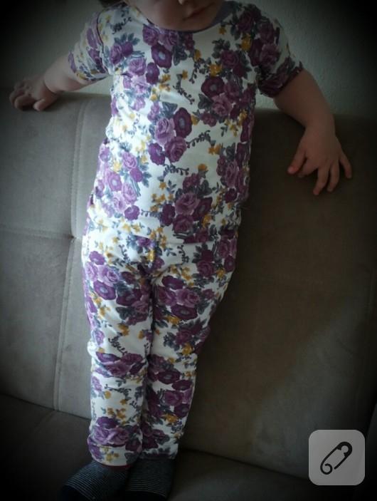 Çiçekli pijama takımı