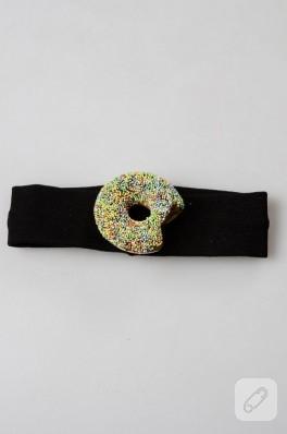 Renkli donut süslemeli bebek saç bandı