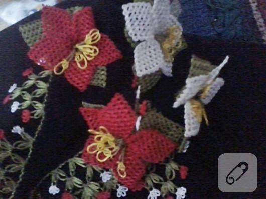 İğne oyasından çiçek motifleri