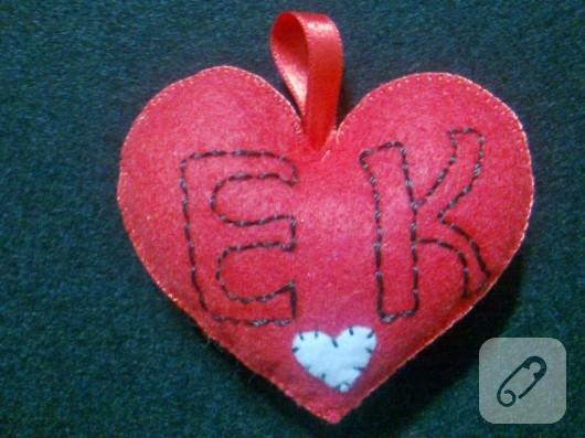 Kalpli keçe anahtarlıklar