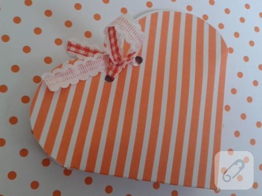 kartondan-kalp-hediye-paketi-yapimi-11